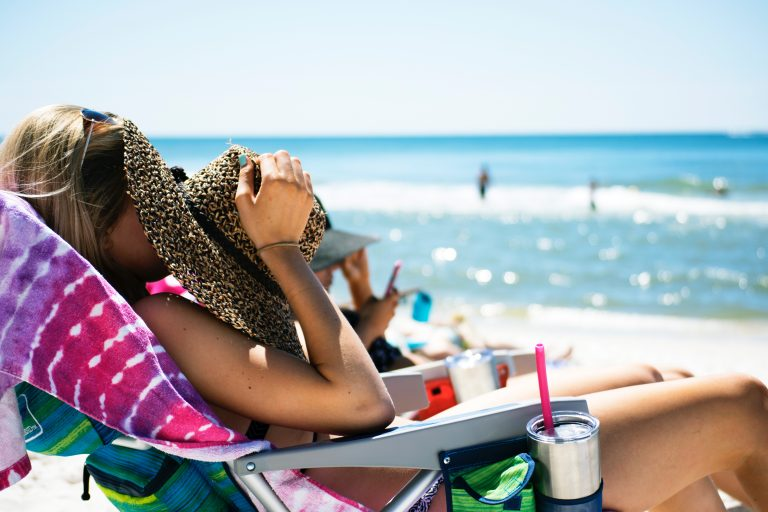 Five Ways to Ensure You're Tanning Safely